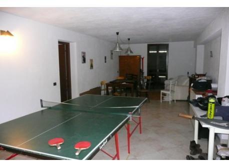 Salle de jeu: ping-pong, bayfoot, karom