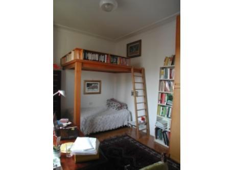 Bedroom 2 - bureau