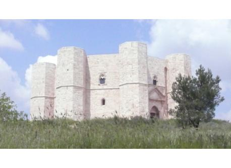 Surroundings: Castel del Monte