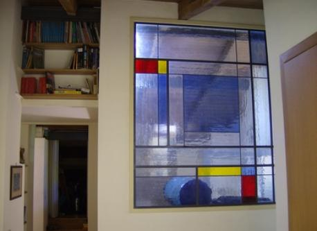 Studio: finestra vetrata / coloured window / baie vitrée