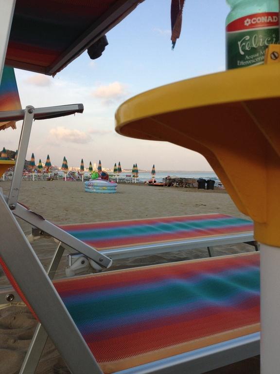 "beach ""Riviera Zanardelli"""
