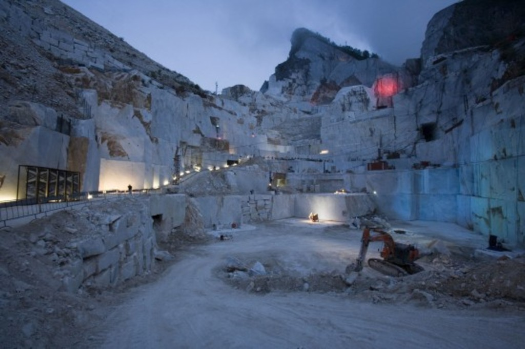 Quarry marmo in Carrara 30 minuts by car