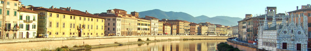 Pisa 30 minuts by bike over the trail along river Arno