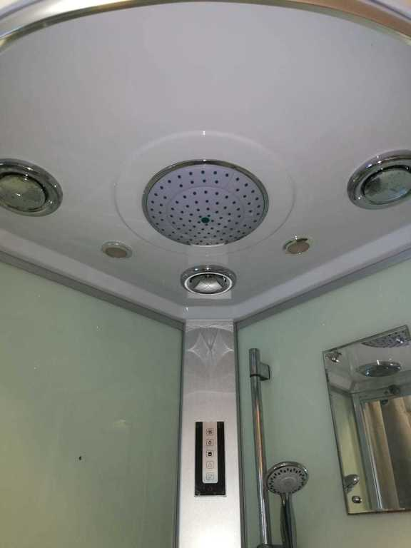 A detail of the shower on the first floor.