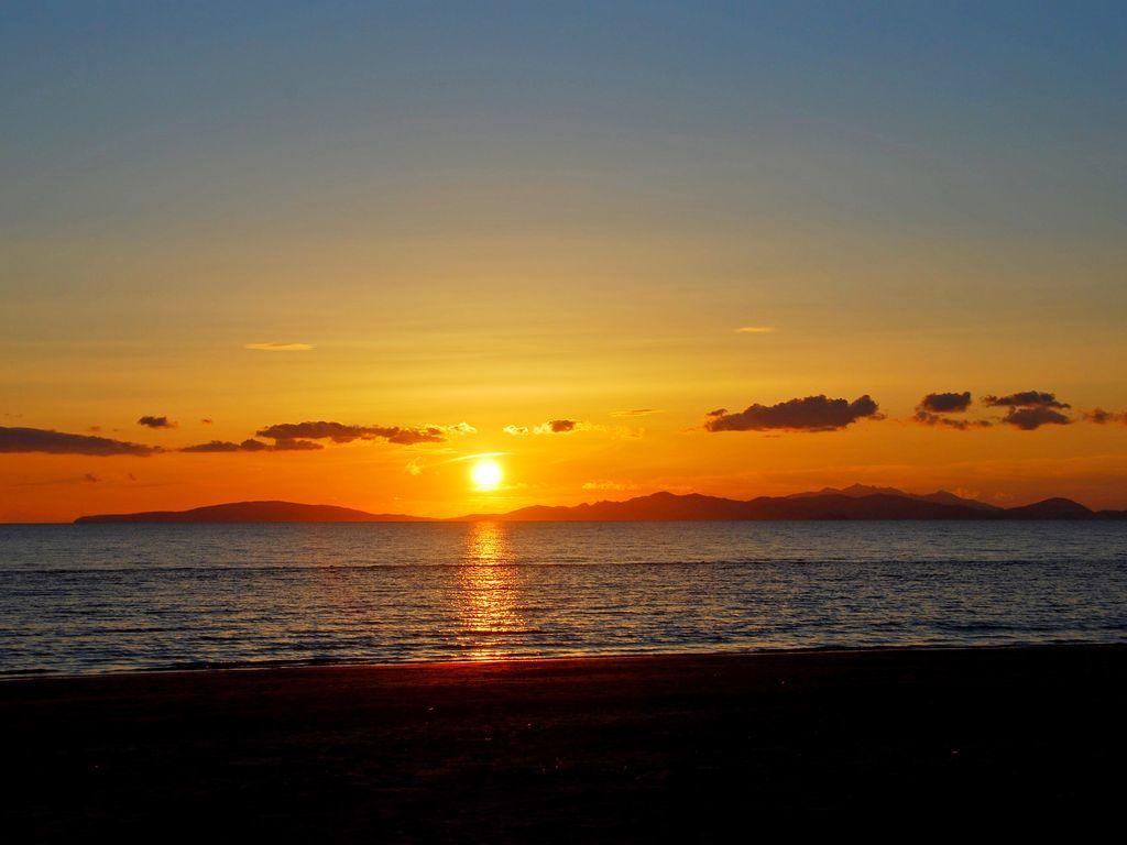 sunset Tuscan archipelago