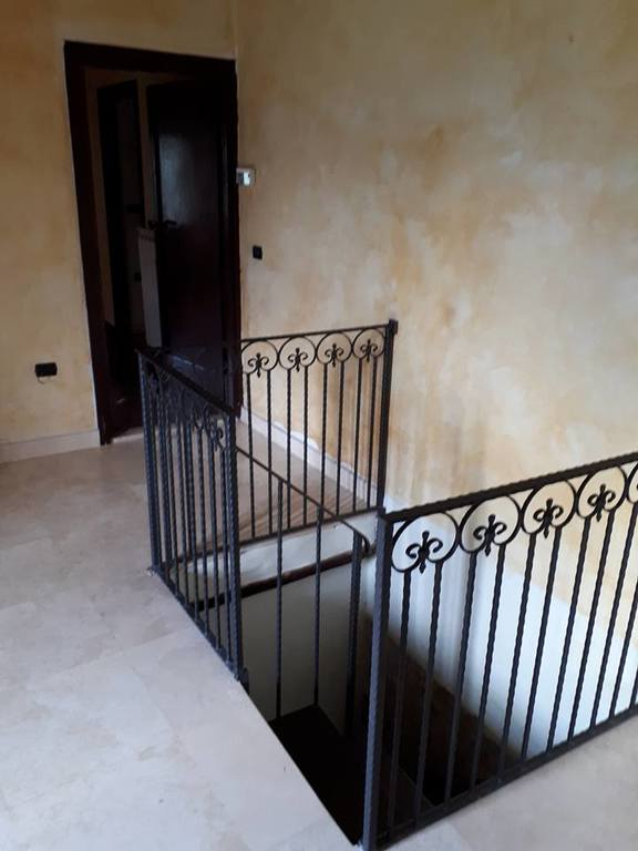 stairs to reach the bedrooms downstair