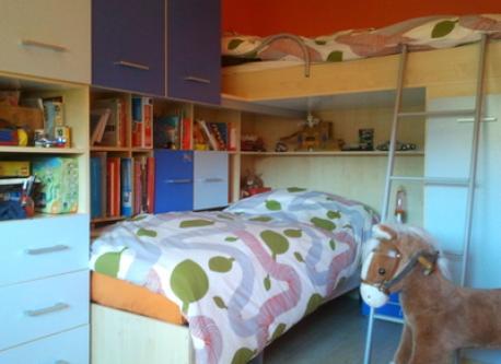 Children's orangebedroom