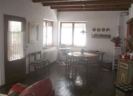 sala da pranzo e ingresso