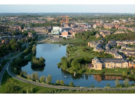 Vue sur Louvain-la-Neuve et le lac