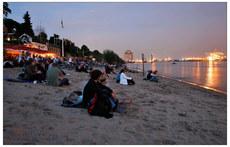 La plage de Hambourg au bord de l´Elbe.