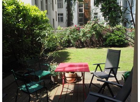 Wohnung nahe Kurfürstendamm mit Garten