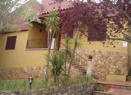 Nice house 1 hour from Barcelona