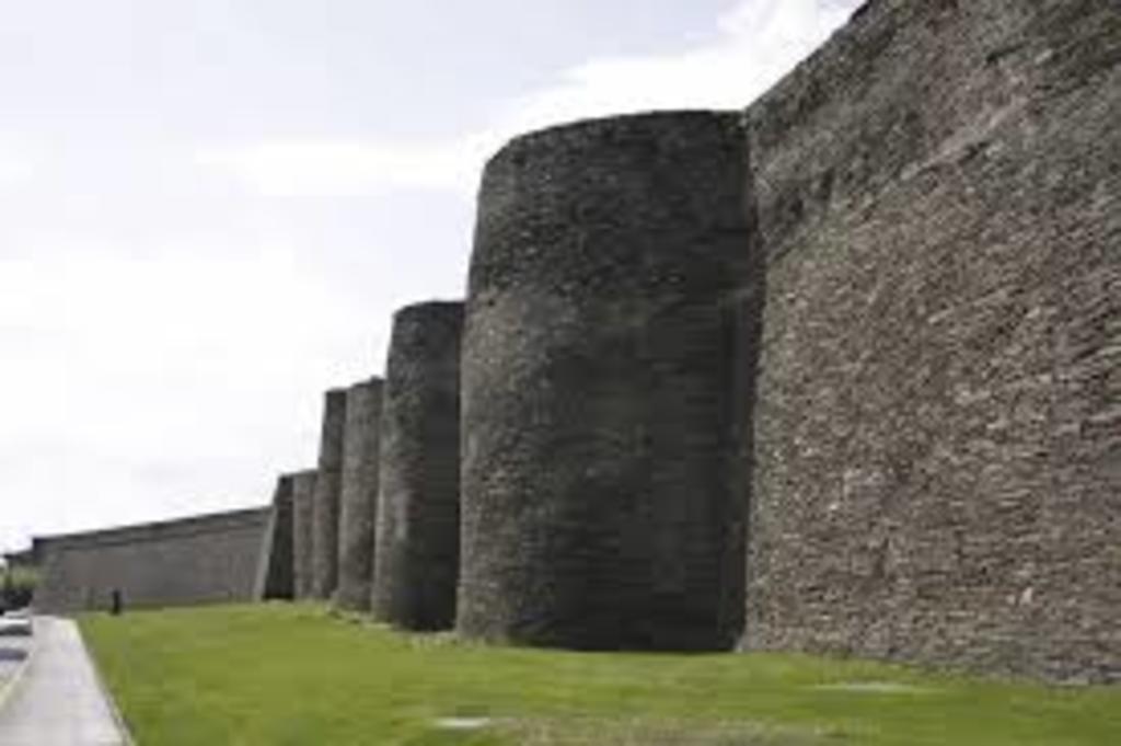 Murallas romanas ciudad de Lugo