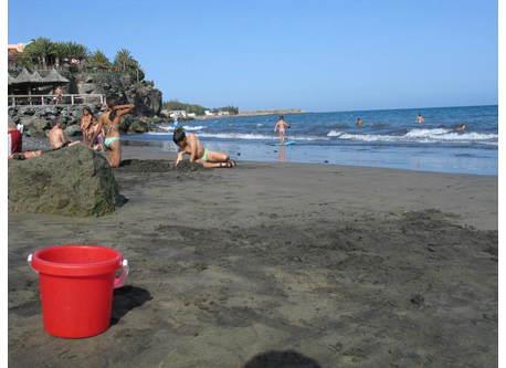 Bahia Feliz beach