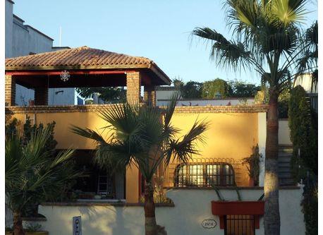 Welcome to Casa Sarena, penthouse villa by the sea.