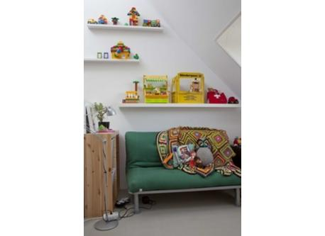 PlayRoom with Sleeping Couch (2 person bed)