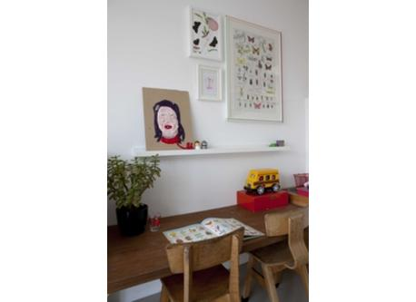 Childrens Room with desk