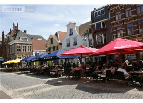 Downtown Arnhem is known for bars and restaurants