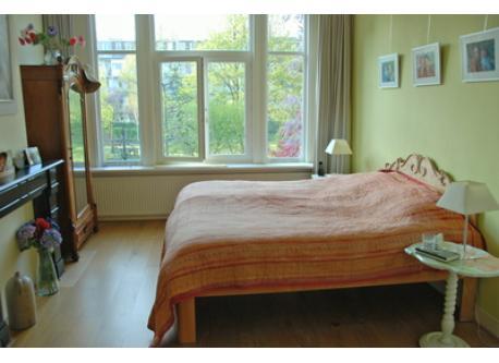 ouderslaapkamer met lits jumeaux (2x2m)
