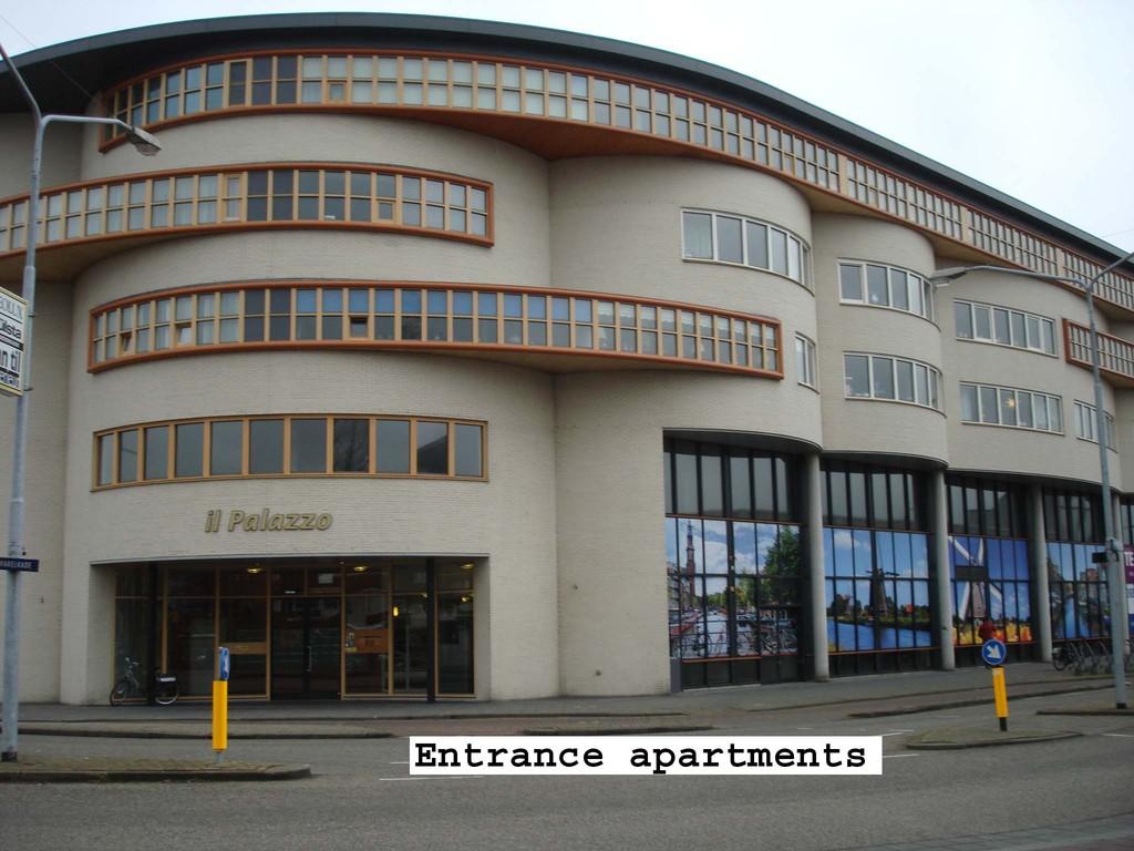Entrance apartments Il Palazzo