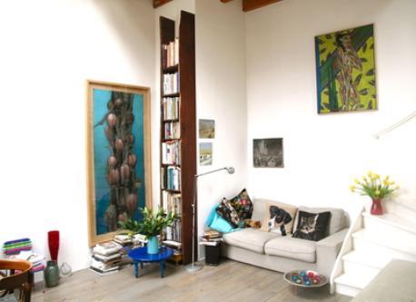 Beautiful glass ceiling livingroom
