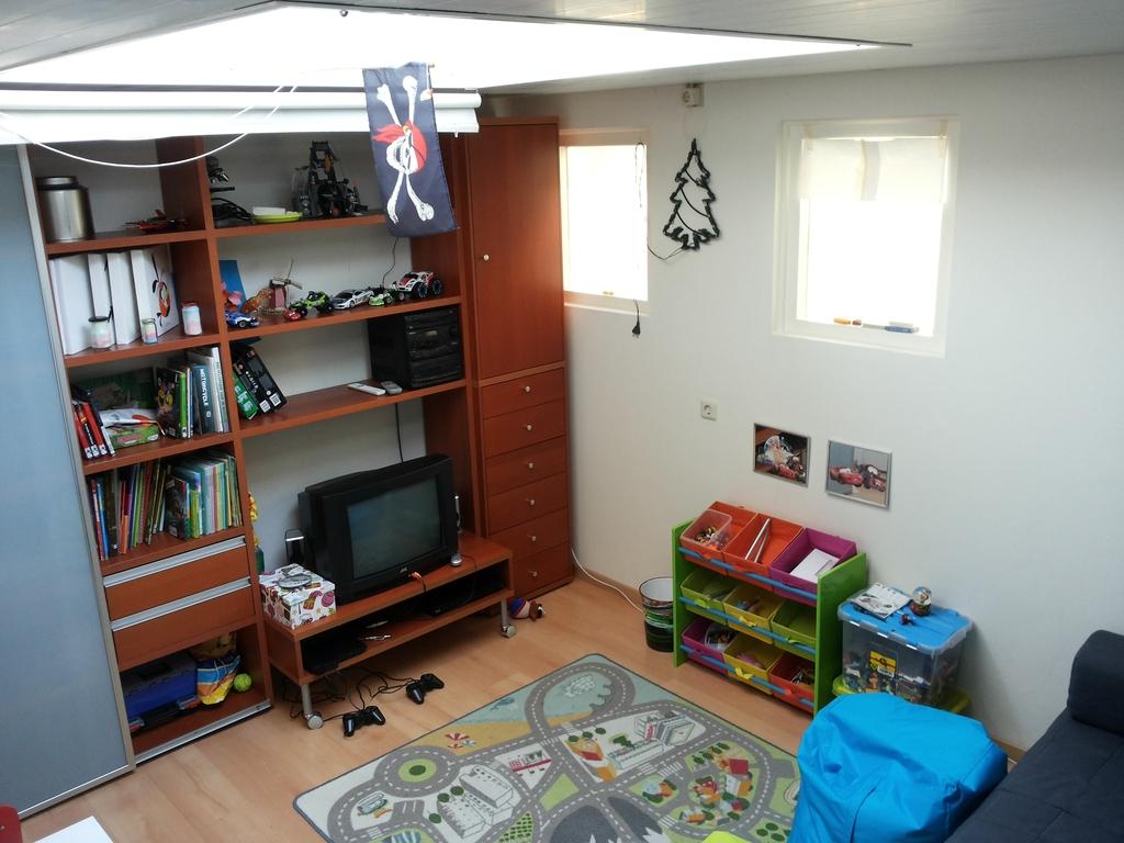 Playroom/4th bedroom