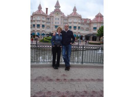 Ilona and Gertjan in Disneyland Paris