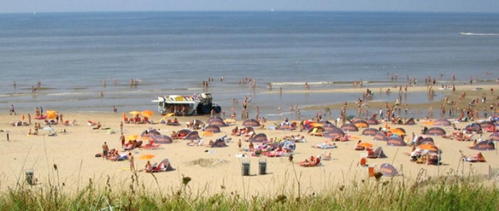 Zandvoort beach; 1 hour driving distance
