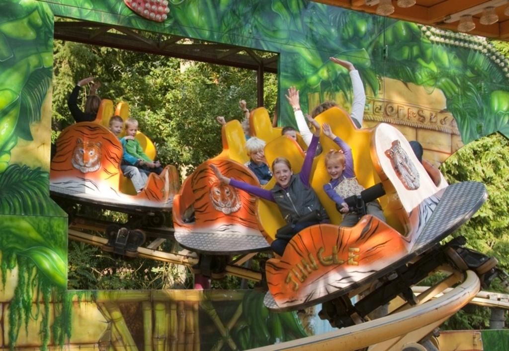 Amusementpark Drouwenerzand (2 km)