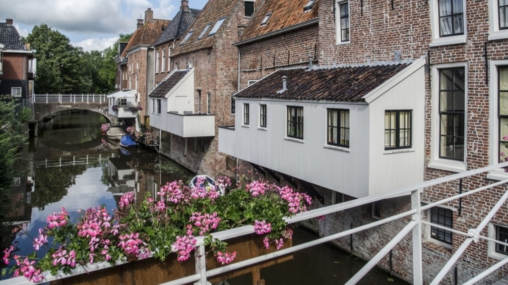 Old hanze town Appingedam (40 km)