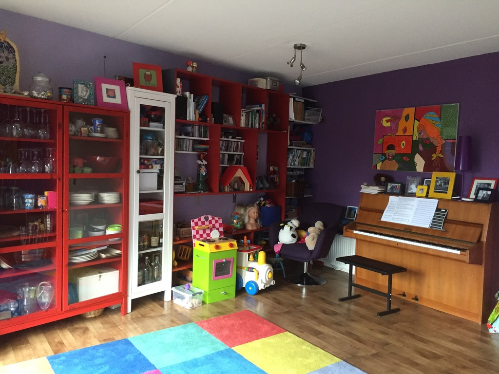 living room, play corner