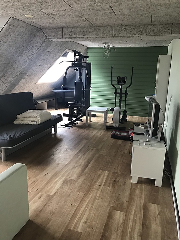 The chill room with Gym