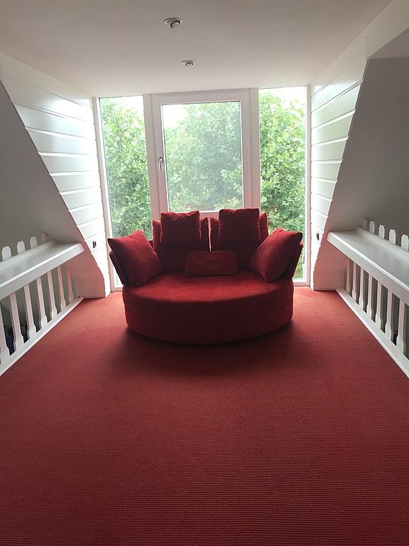 Sofa in the entre sol area
