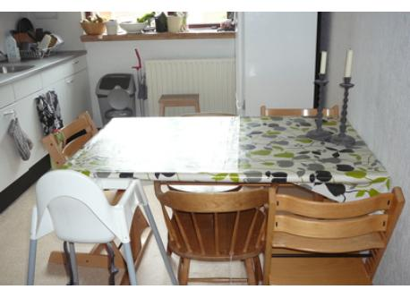 In the kitchen there is room for 5-6 persons at the kitchen table. Chairs for adults and children avaliable.