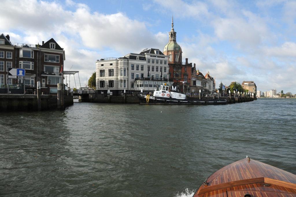 Dordrecht 30 min.