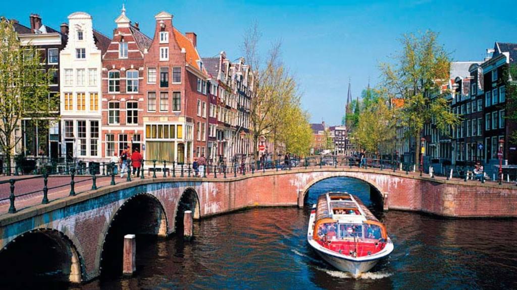 Amsterdam 60 min.
