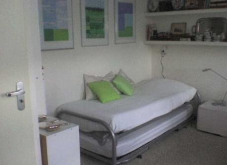 two single beds guest room
