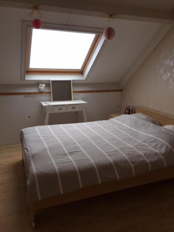 loft bedroom+digital tv