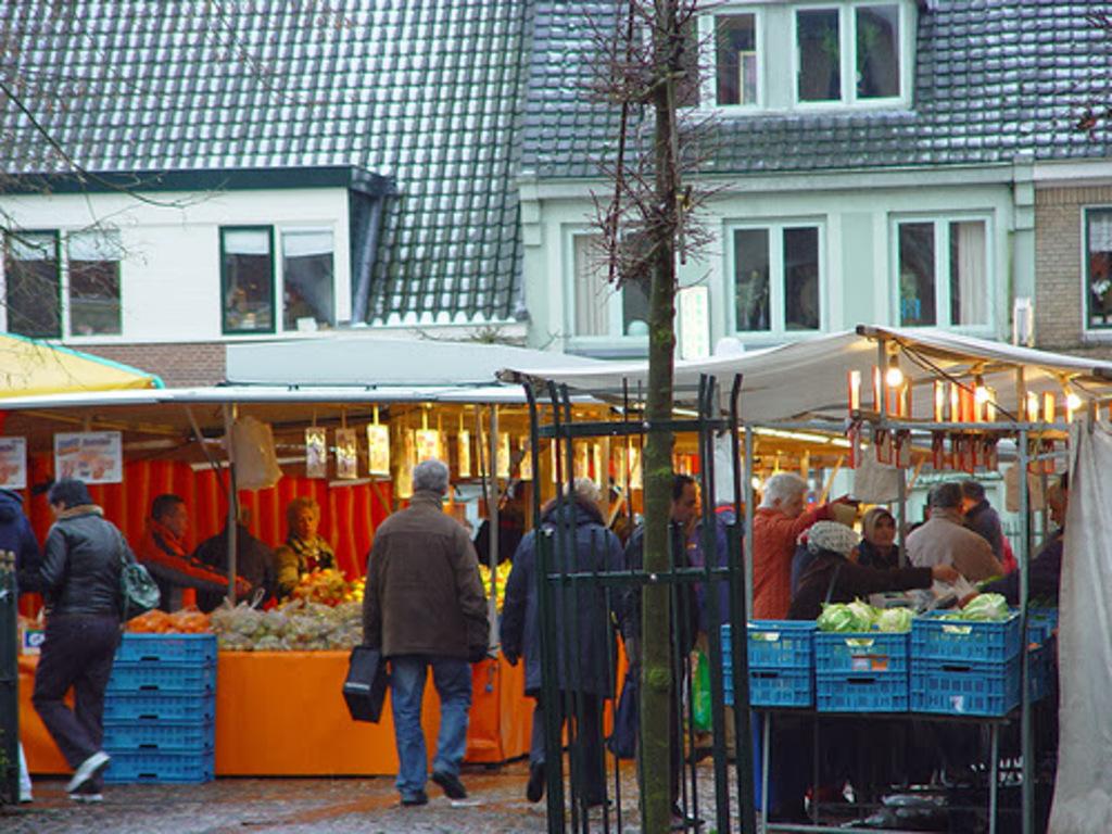 Market in Harderwijk