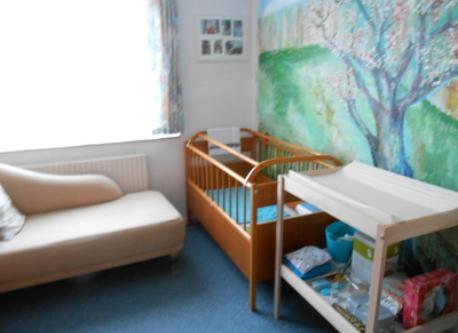 baby guest-room