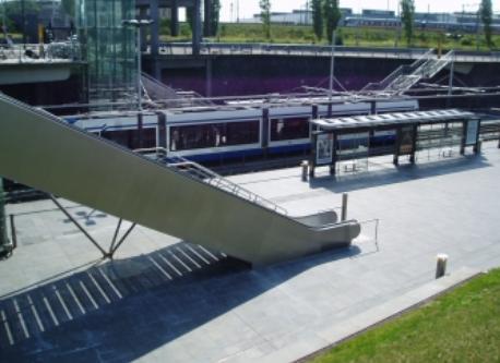 Rietland park, tram station