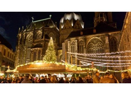 the famous German market in Aachen