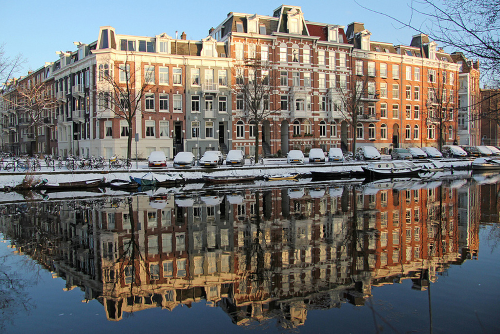 Singelgracht in front of the house