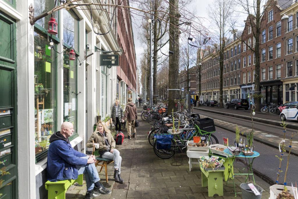 Czaar Peterstraat, one block from the Funenpark