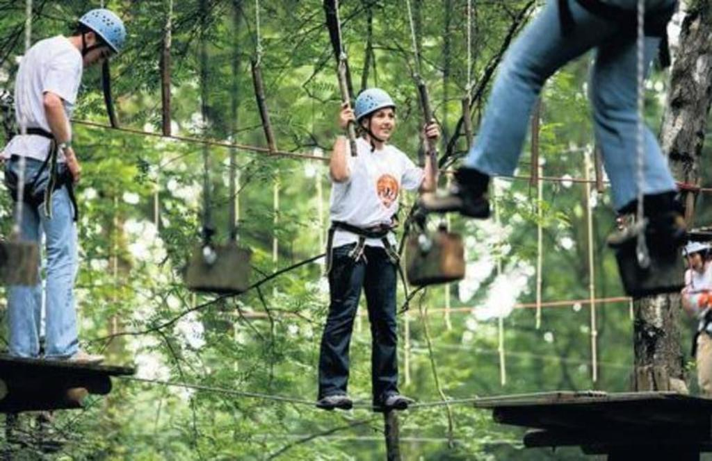 The adventureparc for climbing, bilboarden, flyboarden and waterskiing