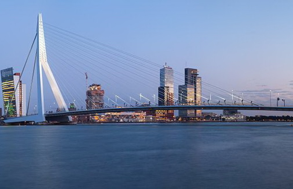Rotterdam skyline and 1 of the largest harbours in the world at 45 min. from home