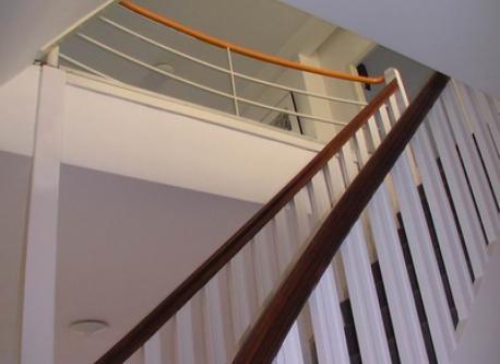Trap naar tweede verdieping