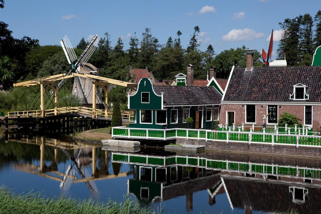 Dutch Openlucht Museum Arnhem - 30 km / 27 min