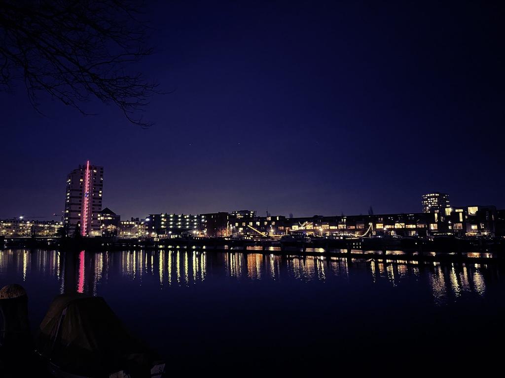 Nightpicture of Eastern Harbor Area