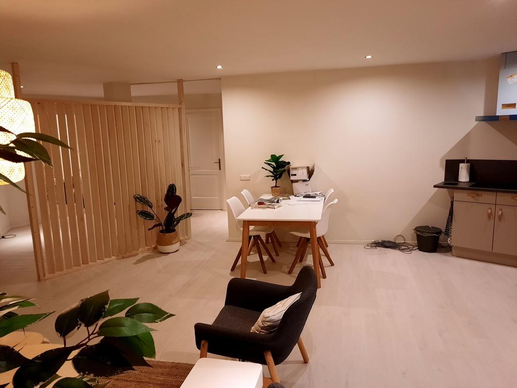 lower floor / living